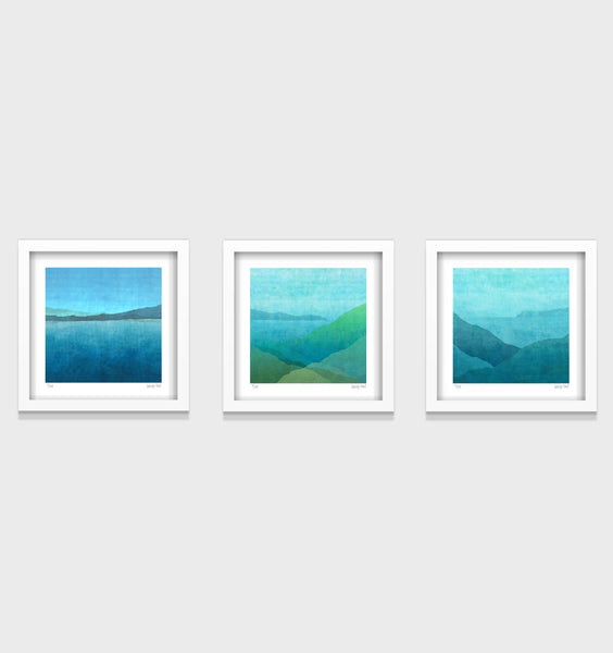 Gradual Lake - 25cm - White/Black Framed or Unframed
