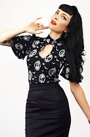 Vampira Belle sleeve top