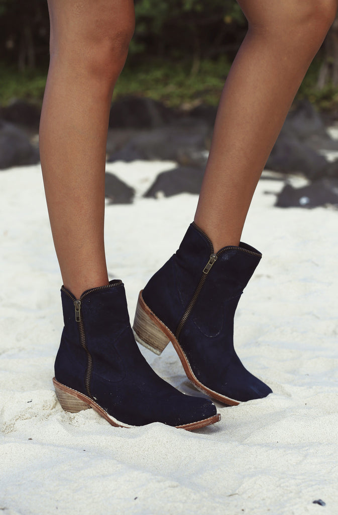 Suede Leather Boots - Navy Blue