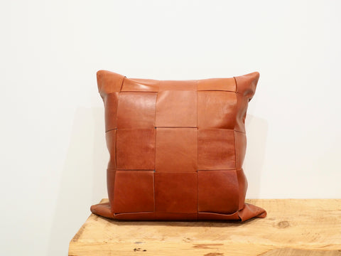 Big Weave Tan Leather Cushion Cover