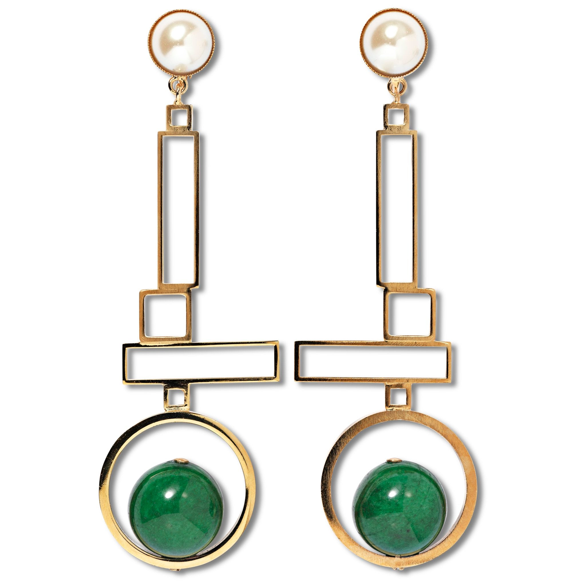 Clip earrings with green agate and faux pearls in gold-tone brass