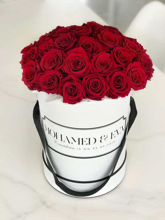 Cartel Flowers - Personalised roses. Roses in a box. Boxed roses. Luxe