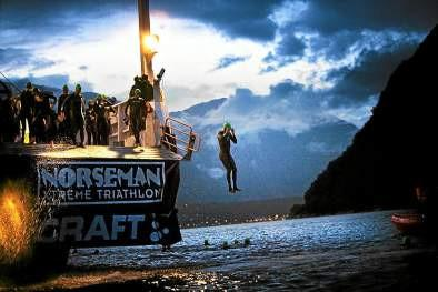 How do I stay safe in the cold water at the Norseman triathlon?