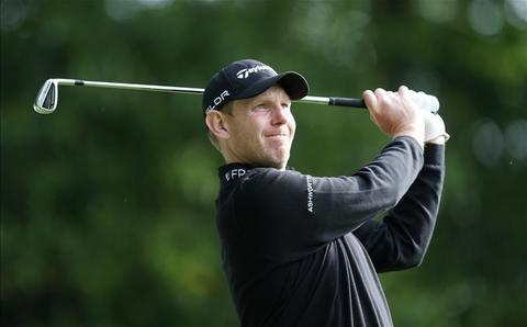 Pro Golfer Stephen Gallacher uses Precision Hydration 1500 when he is out sweating
