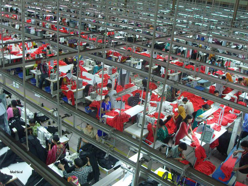minimum wage bangladeshi factory workers - the true cost of fashion