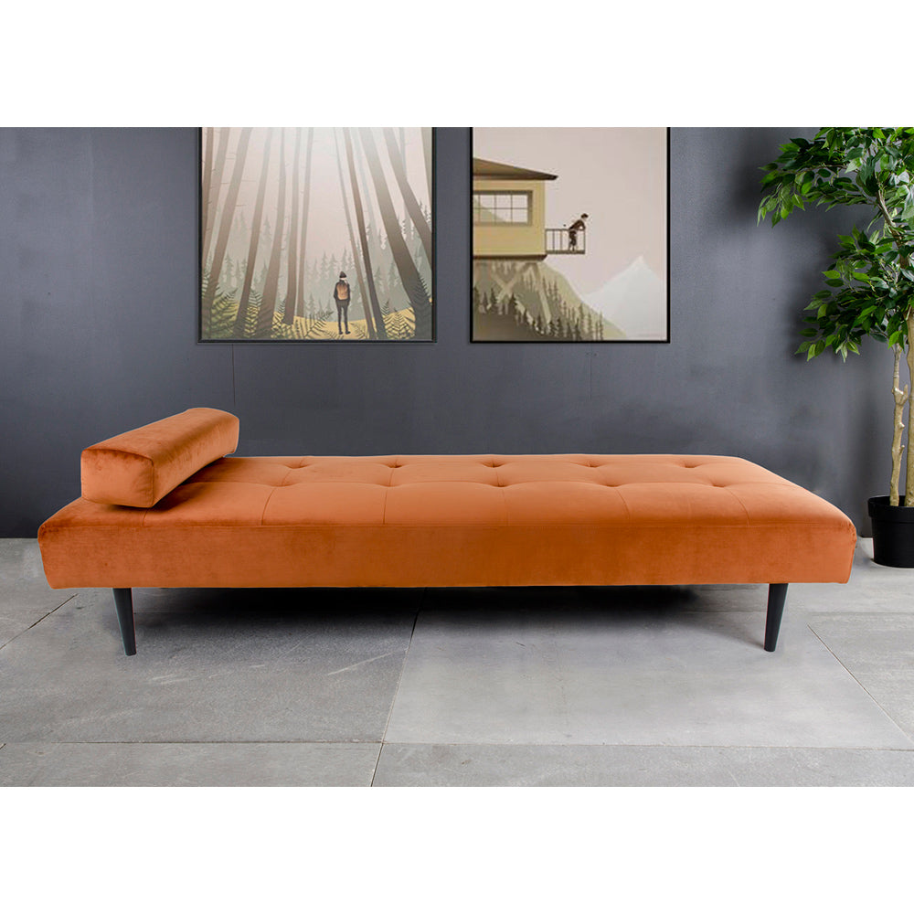 Capri daybed fra House Nordic i brændt orange velour