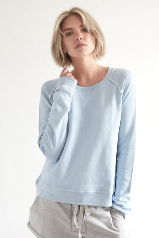 Organic Raglan Sweatshirt in Baby Blue