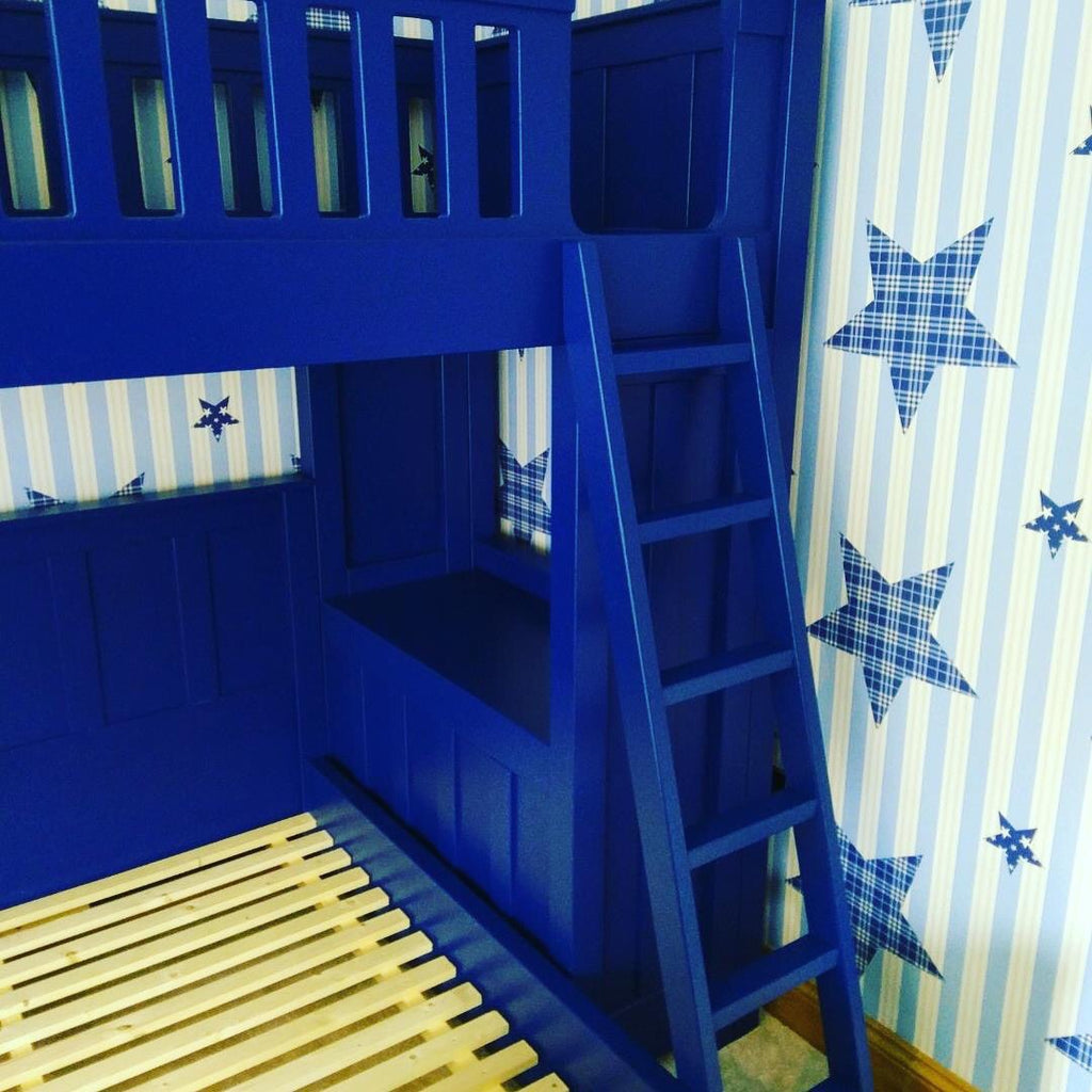 American style bunk beds with double underneath