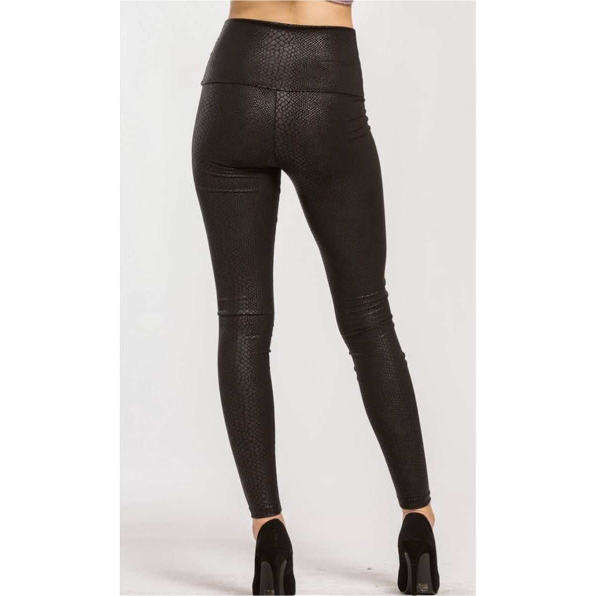 Snake Embossed High Waisted Legging
