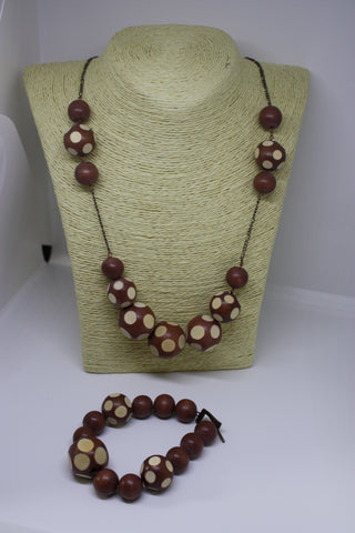 Wooden and Copper Necklace and Bracelet Set - Brown and Cream