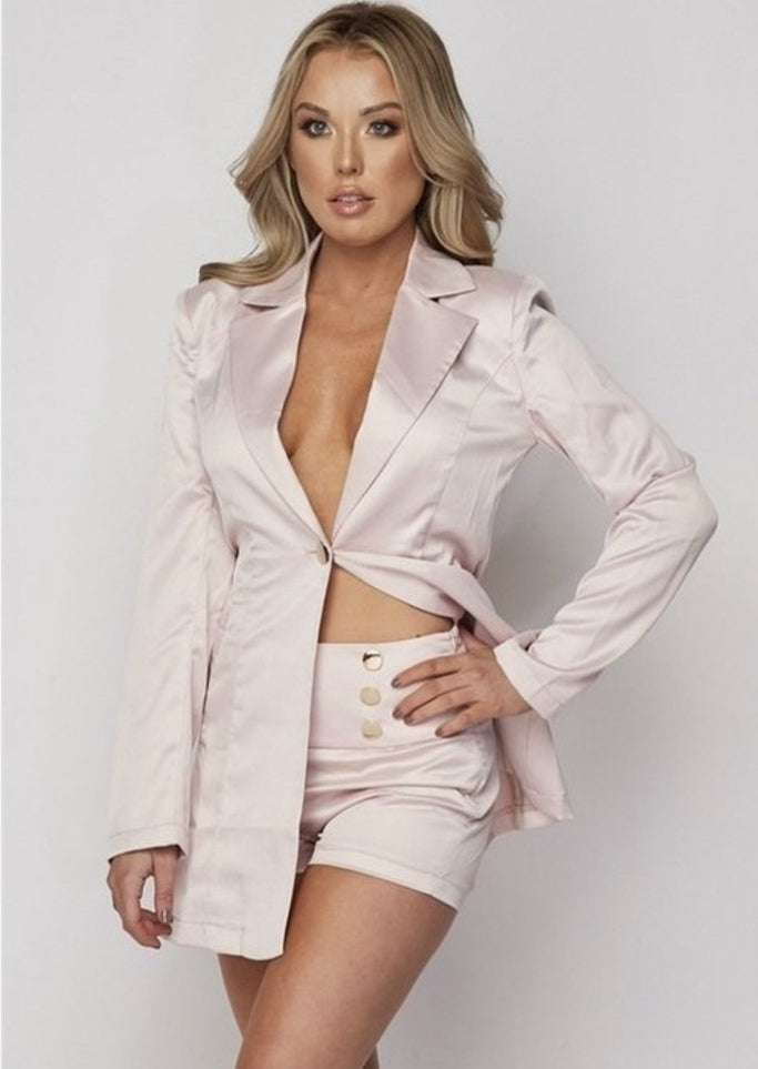 ootd,fashion Clothing,womens clothes,fashion blog,fashion trends,Streetwear ,Stand Out ,Sexy Trend, Online Shopping, Satin Blazer Shorts Set