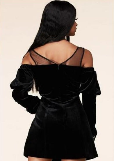 Cotrena Long Sleeves With Sexy Cold-Shoulder Cutouts Mini Dress (Black), ootd,fashion Clothing,womens clothes,fashion blog,fashion trends,Streetwear ,Stand Out ,Sexy Trend, Online Shopping , sexy mini dress, casual mini dress