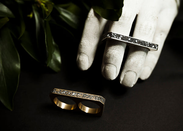 GOLDFINGER DOUBLE RING
