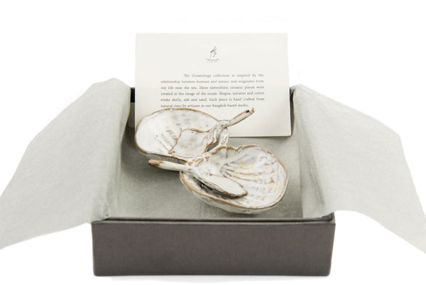 Yarnnakarn Oceanology Set of Two Duck Clam Spoons with Cherrystone Clam Salt & Pepper Dish in Gift Box