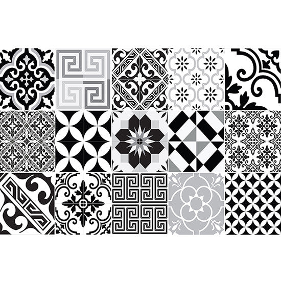 "Beija Flor Black and White Eclectic Placemat (13"" x 20"")"