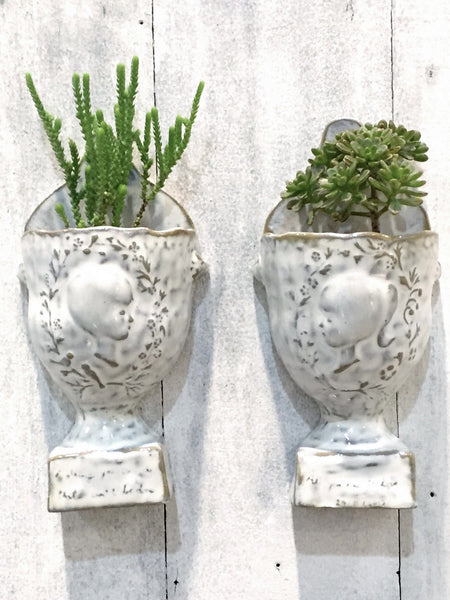 Yarnnakarn Ceramics Anniversary Wall Hanging Vase (Set of 2)