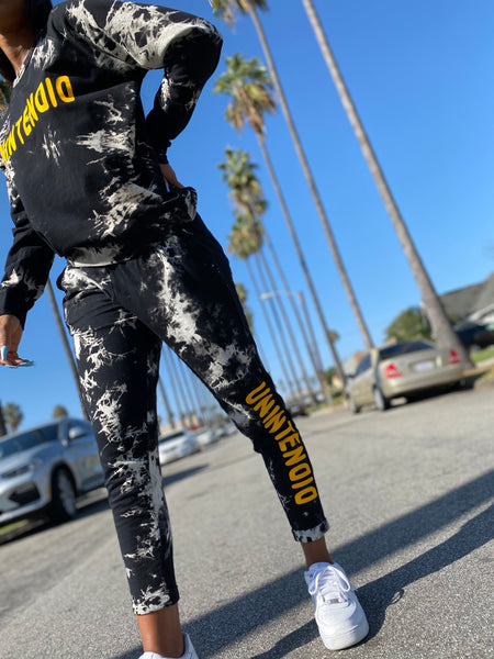 U N I N T E N D I D  'Party Rocker' SWEATSUIT