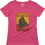 Chimpanzee-He loves me, he loves me not - Women's scoop neck T-shirt