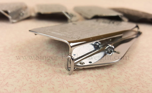 Singer Featherweight Looped Faceplate Thread Guide