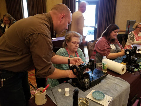 Singer Featherweight Maintenance Workshop, Novice