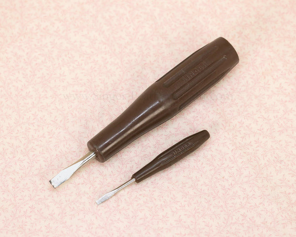 Singer Featherweight 221 and 222 UK Screwdriver Set #2