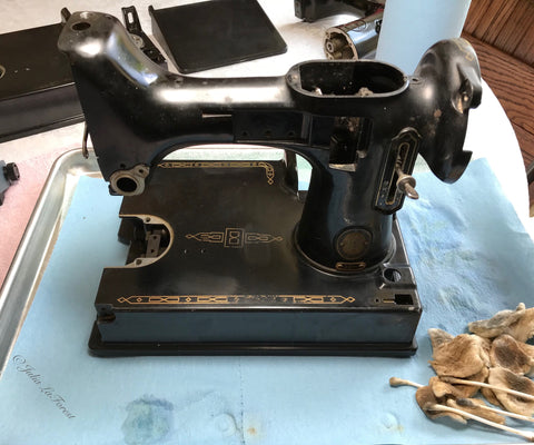 Singer Featherweight varnish removal