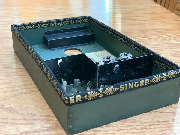 Annette K's early Singer Featherweight 221 Case Restoration