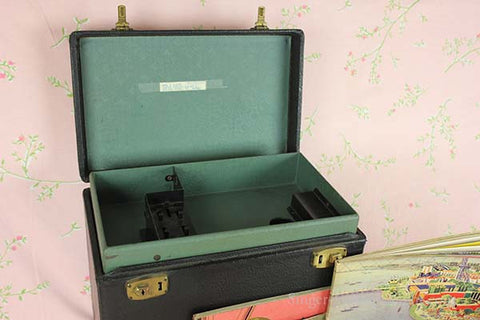 Singer Featherweight 221 Case Style 2