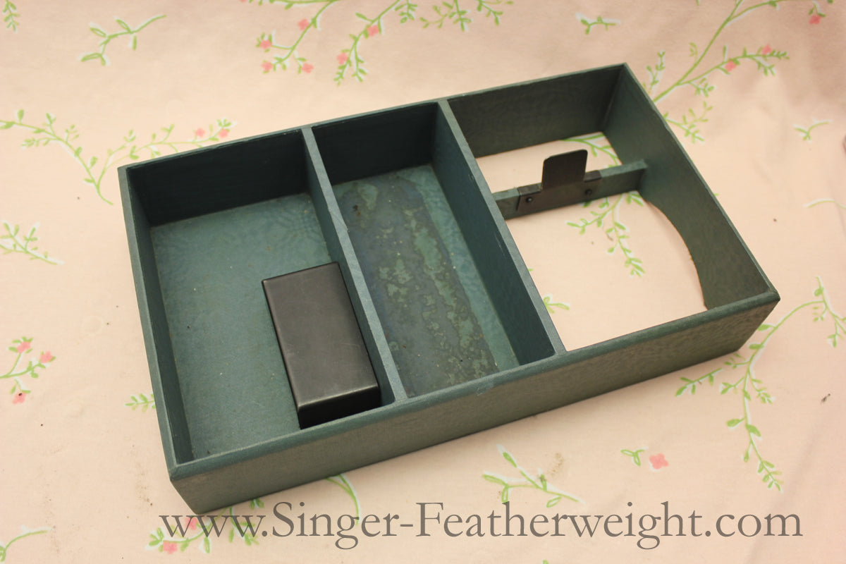 Singer Featherweight 221 Earliest Case Top Tray