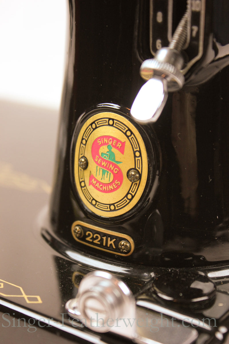 Singer Featherweight 221 Red S Badge