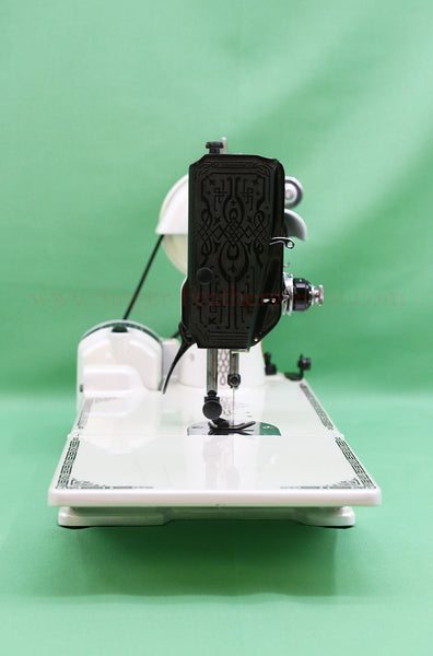 Singer Featherweight 221 Blackside White Pearl Giveaway