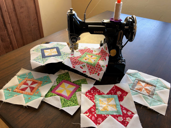 Lori Holt Farm Girl Vintage quilt Sew Along with the Featherweight Shop