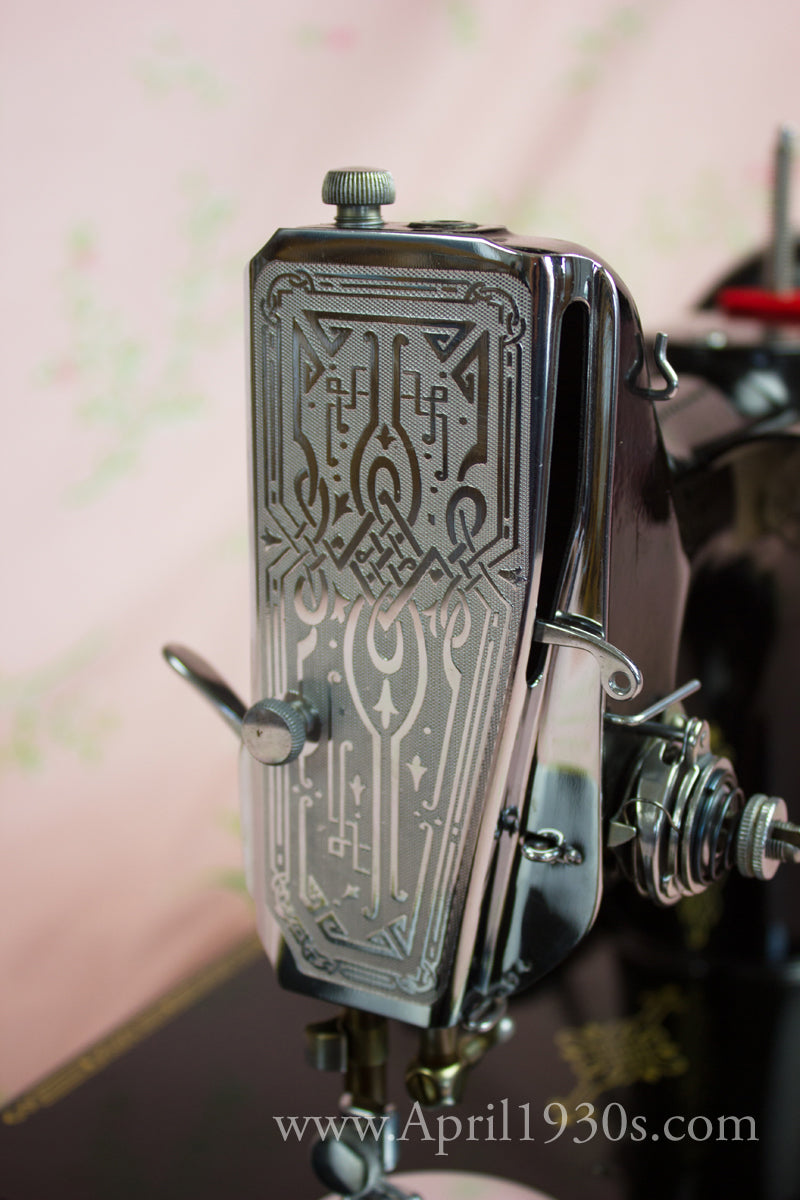 Singer Featherweight 221 Early Scrolled Faceplate