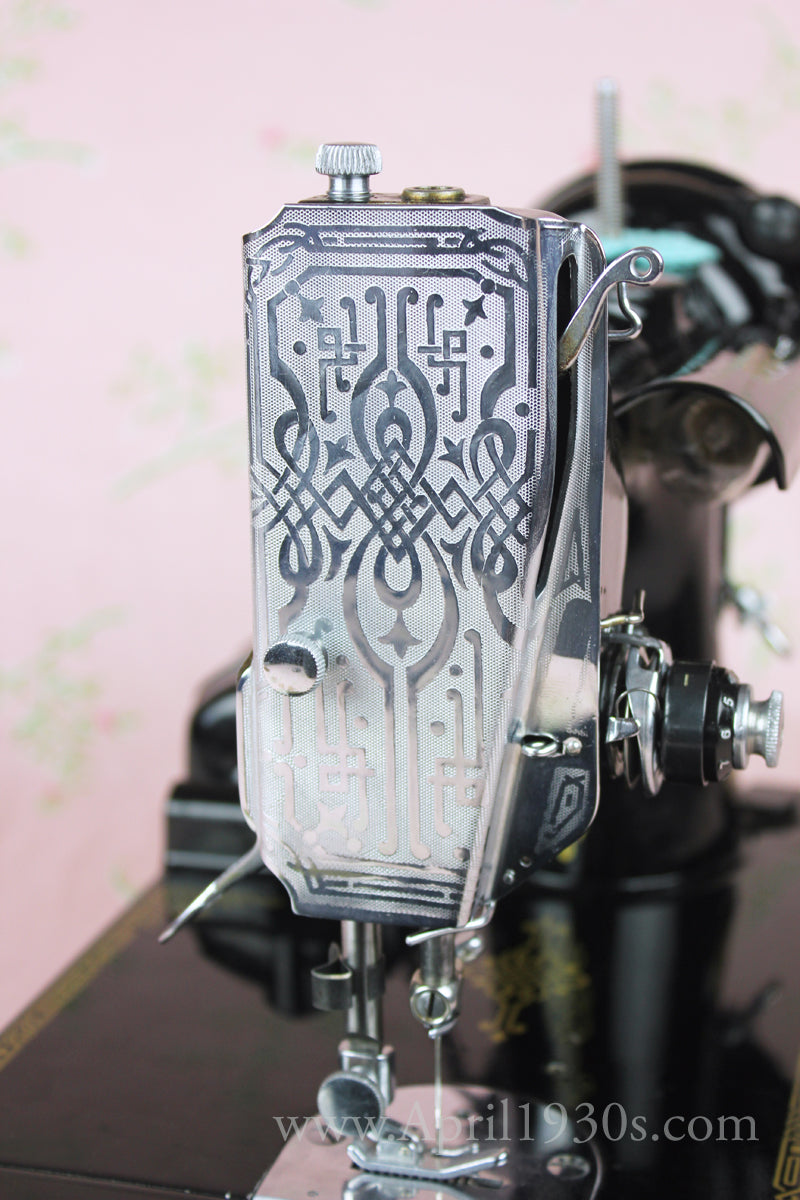 Singer Featherweight 221 Later Scrolled Faceplate