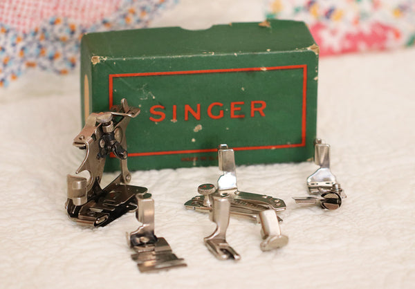 Singer Featherweight Attachments Set #2