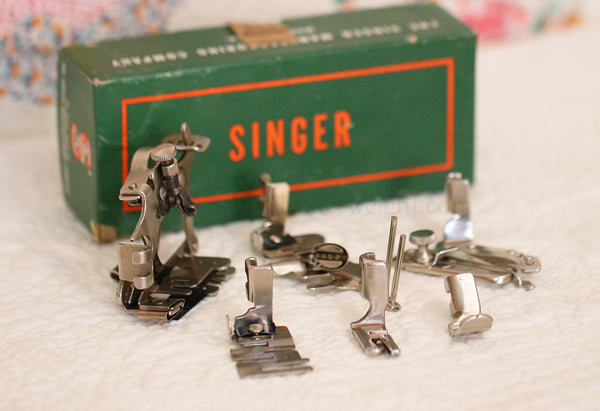 Singer Featherweight 221 Attachments Set #4
