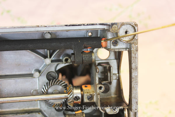 How and Where to Oil the Singer Featherweight 221