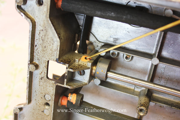 How and Where to Oil Your Singer Featherweight 40 Sewing Machine Cool How To Oil A Sewing Machine
