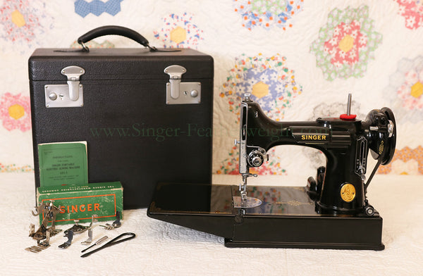 Singer Featherweight 221 AG0