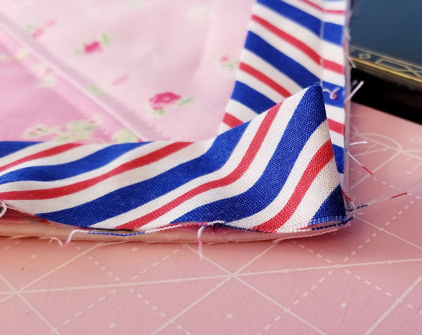 Binding a Quilt on a Singer Featherweight