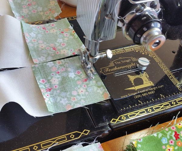 King Size Ohio Star Quilt Piecing with the Featherweight Accurate Seam Guide