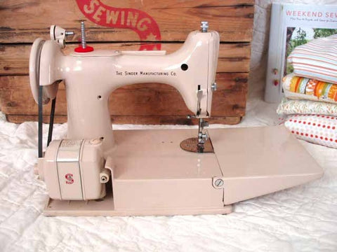 Singer featherweight 221k dating 3