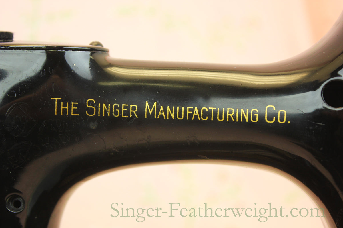 Singer Featherweight 221 Early Singer Mfg. Co Decal