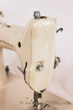 Singer Featherweight 221 Sewing Machine, TAN JE150***