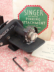 Pinking Attachment, Singer (Vintage Original)