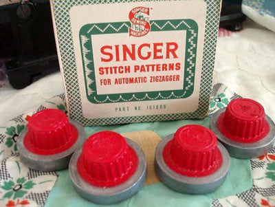 Stitch Patterns, Singer Automatic Zigzagger (Vintage Original)