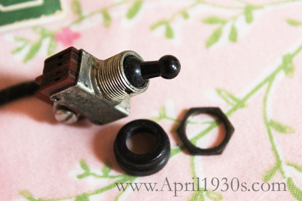 Toggle Switch with Nuts and Lead, Singer Featherweight (Vintage Original)