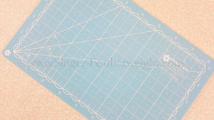 "Cutting Mat, MINI 5"" x 8"" Lori Holt Reversible (Pink & Blue)"