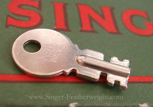 Case Key, Singer Featherweight 222K (Vintage Original)