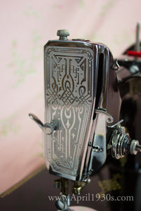 Faceplate, Scrolled Singer Featherweight (Vintage Original)